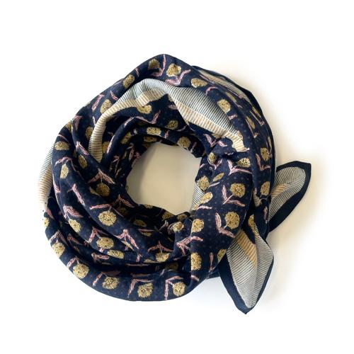 foulard-latika-bengale-latte-apaches.jpg